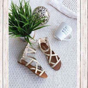 Shoes - Summertime Sandals ✨